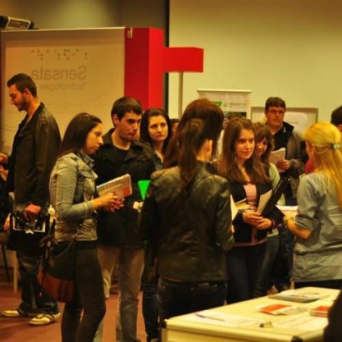 Петдесет и една фирми предложиха стаж и работа на студентите в Пловдив