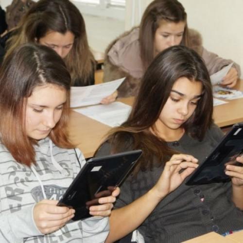 Кампанията Trends of Tomorrow 2014 осигурява професионално ориентиране за ученици от Шумен