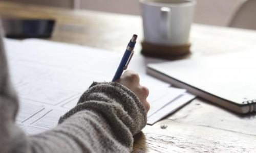 16 опасни грешки в офиса, които спъват кариерата ви (и могат да ви донесат уволнение)