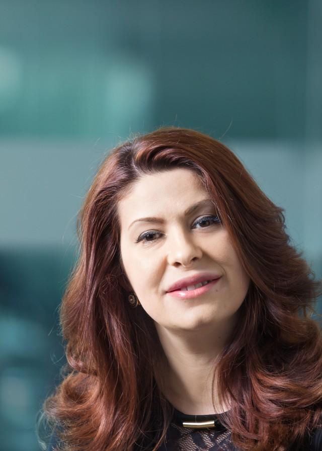 Elena Cholakova