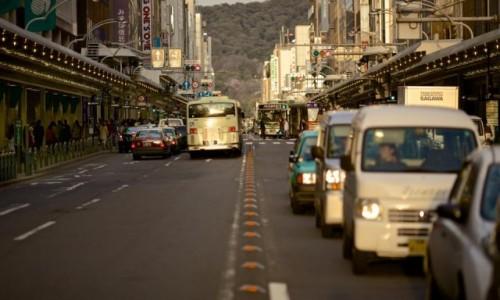Uber създаде 15 000 работни места в Австралия, но проблемите продължават