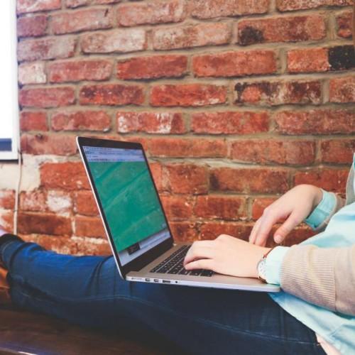 Още пет готини сайта за работните почивки!