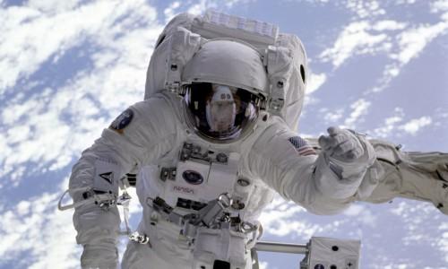 За първи път в историята клас на НАСА е с 50% женски състав