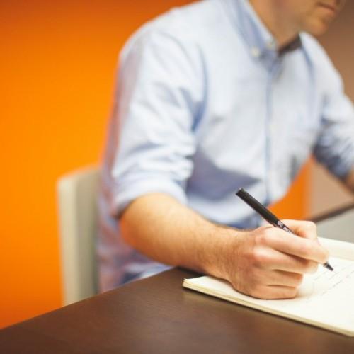 Идеи за експерти: Тактики за провеждане на интервюто