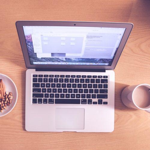 6 кратки онлайн курса, които можете да завършите в обедната почивка