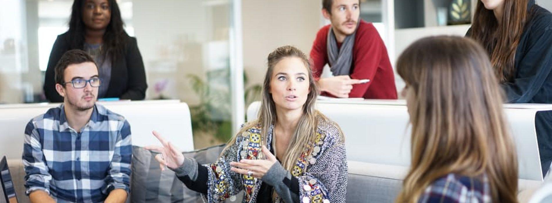 Как добрите лидери се справят с некомпетентни или демотивирани служители?
