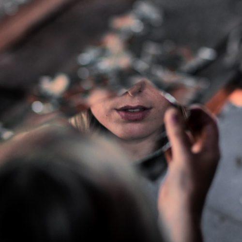 Как да се справите с нарцисист на работа