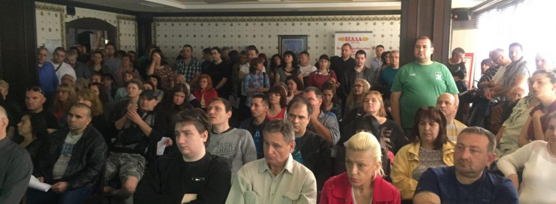 Над 200 търсещи работа в Пазарджик дойдоха на среща с работодатели от Тракия икономическа зона, предстои среща в Съединение