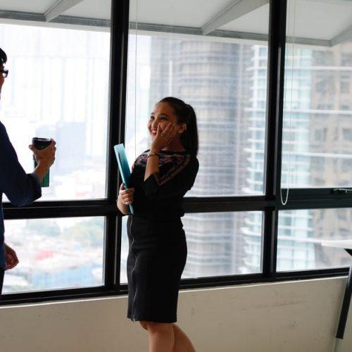 2 важни въпроса, които да зададете на работодателя, ако искате да създадете добро впечатление