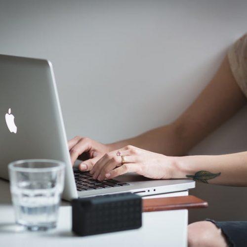 5 начина да намалите стреса без да напускате бюрото си