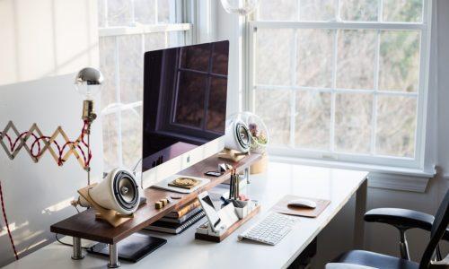 Изследване на учени от Станфорд: работата от вкъщи намалява наполовина броя на напусканията и увеличава продуктивността