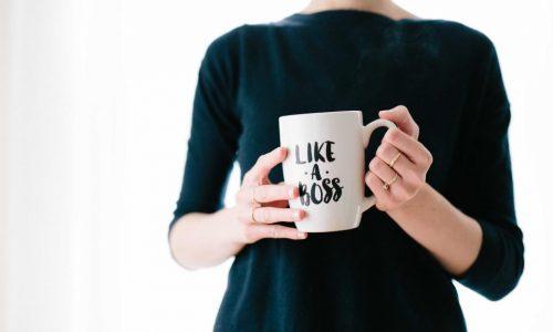Могат ли мениджърите да бъдат приятели със служителите си?