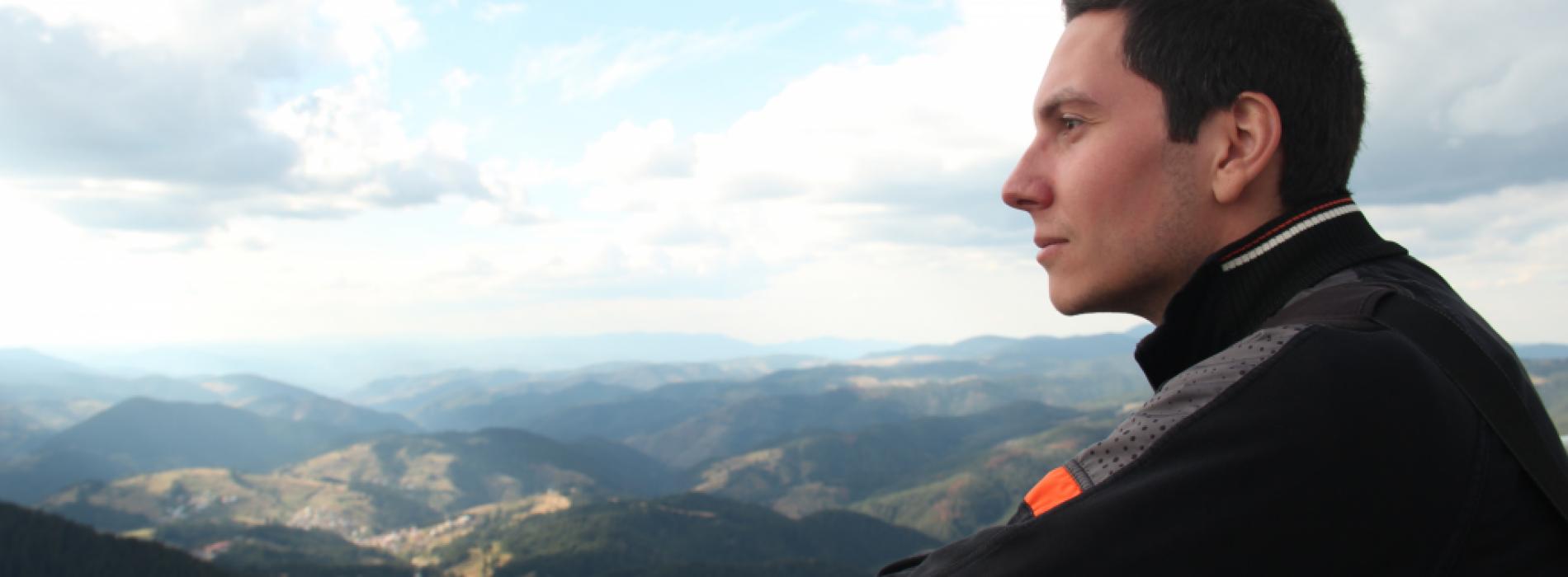 Виктор Тутов, web developer: Амбицираните, добри, интелигентни хора създават проспериращата фирма