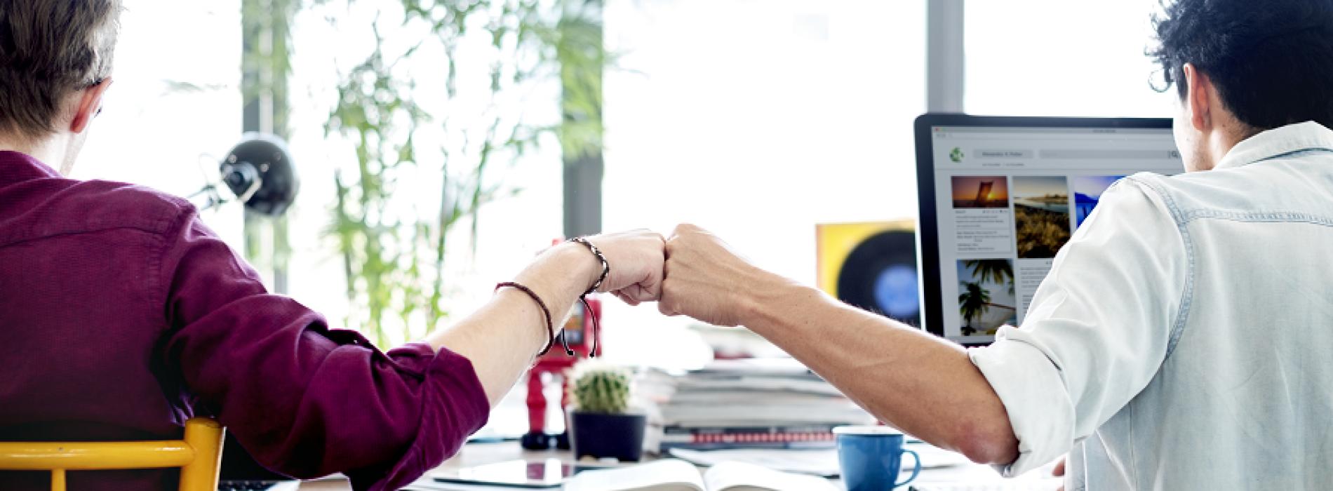Чия заплата е по-висока? На постоянните служители, назначени директно от работодателя, или на фрийлансърите?