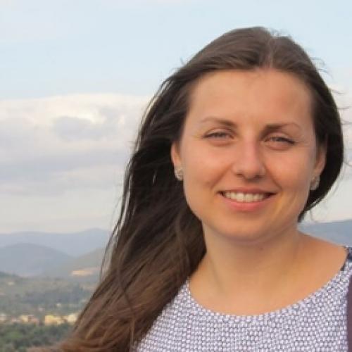 """Интервю с Ирена Арабаджиева – финалист от инициативата """"Колегата, който ме вдъхновява"""""""